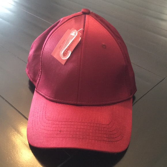 28fdd614342 Red Satin Hat. NWT. Mossimo Supply Co.